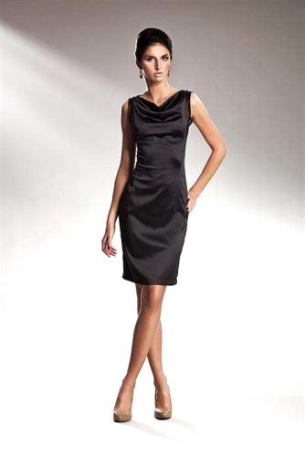 3c3e4a5fc3 Czarna sukienka wieczorowa Silvertine s15