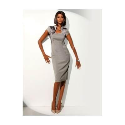 5231f502b7 Prosta i elegancka sukienka wieczorowa PRIVÉ
